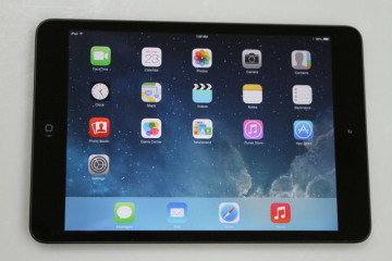 Apple iPad Mini 16GB Wi-Fi Only 7.9in (Latest Model) – Black – MD528LL